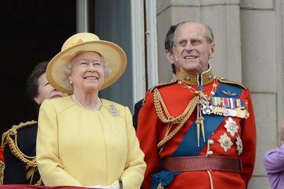 Prinssi Philip saateltiin viimeiselle matkalleen Britanniassa – katso lähetys tapahtumasta