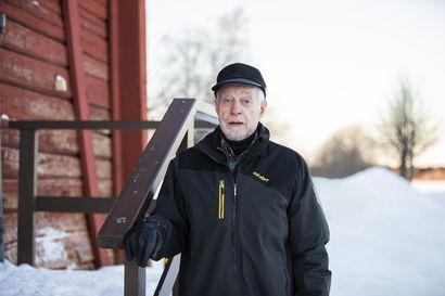 80 vuotta täyttävä oululainen psykiatri Erkki Kilponen on toiminut lääkärinä seitsemällä vuosikymmenellä