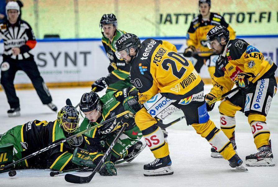 Janne Pesosen (20) kausi on ollut loukkaantumisten vuoksi vaikea.