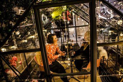 Tuleeko ravintolakuplista yhtä iso hitti kuin iglumajoituksesta? – Keski-Euroopasta tutut koronaturvalliset ruokailutilat tulivat Rovaniemelle