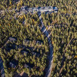 Uusien mökkien suunnittelu Ounasvaaran huipulle alkoi jo 15 vuotta sitten – vielä ei tiedetä, kuka ne rakentaisi