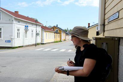 """Arkkitehti jäljittää Vanhan Raahen ominaispiirteitä –""""Vanhoissa kaupungeissa näkyy paikallinen ote."""""""