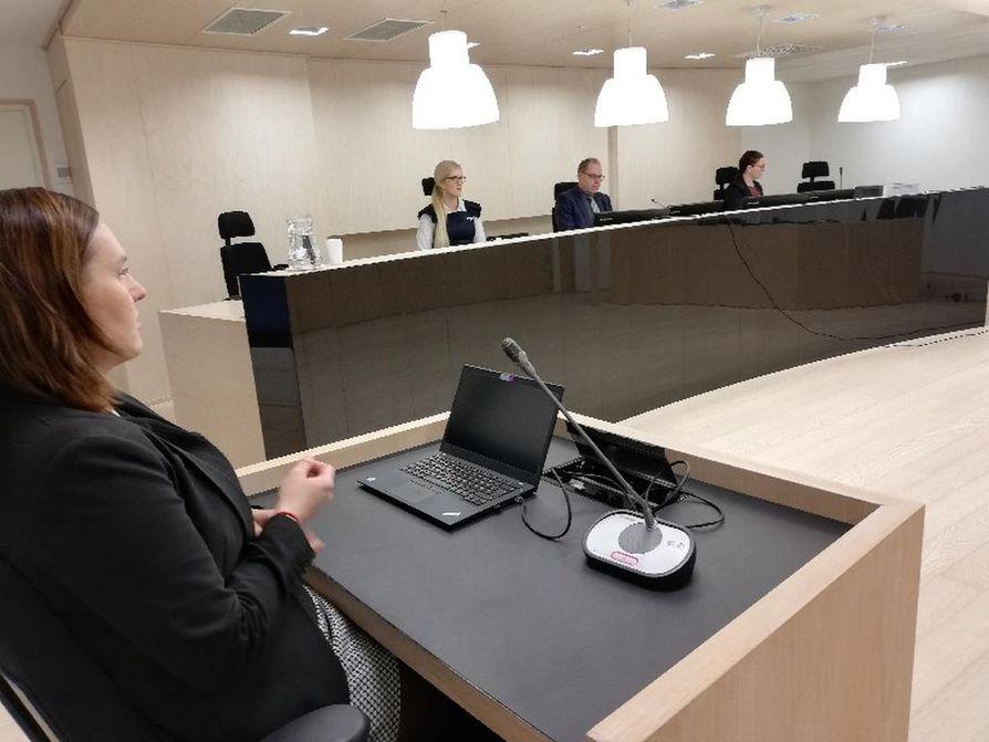 Raahen naissurmat, Ylivieskan istuntopaikka, Oulun käräjäoikeus