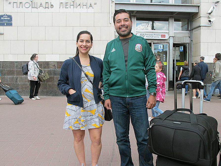 Natalia Quintanall ja Carlos Banda sanovat, että MM-turnaus on heille tekosyy matkustaa Venäjälle.