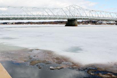 Tornionjoen tulvahuipulle ei varmaa aikaa – viileä toukokuu hidastaa tulvahuippua