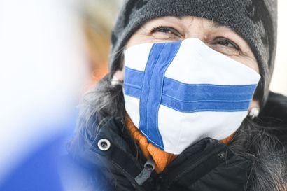 Maskisuositukset höllenivät Pohjois-Pohjanmaalla, kahdesti rokotettu välttää karanteenin