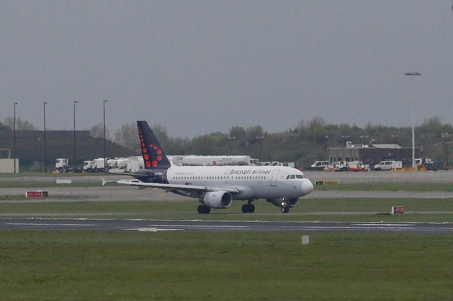 Brysselin lentokentän lähtöhalli vaurioitui pahoin terrori-iskussa maaliskuussa.