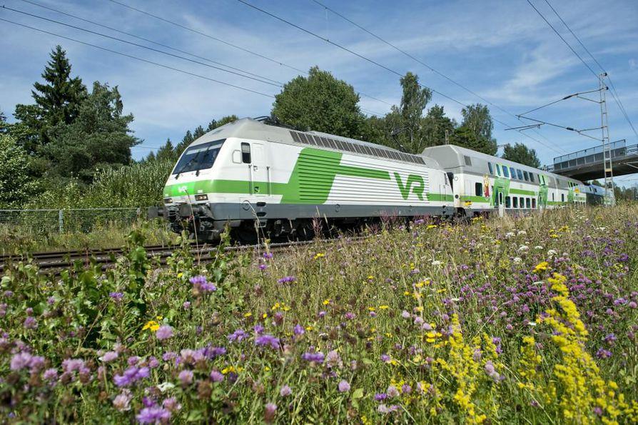 VR on reagoinut lisääntyneeseen junamatkustamiseen muun muassa kaksikerroksisilla vaunuilla.