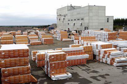 Työntekijä puristui kuoliaaksi tuotantolinjalla Keiteleen Kemijärven tehtaalla – tapaus hiljensi koko 500 ihmistä työllistävän konsernin