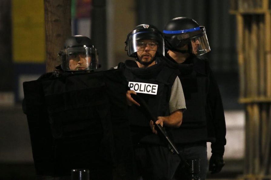 Isis teki tuhoisat terrori-iskut Pariisiin viime vuoden marraskuussa.