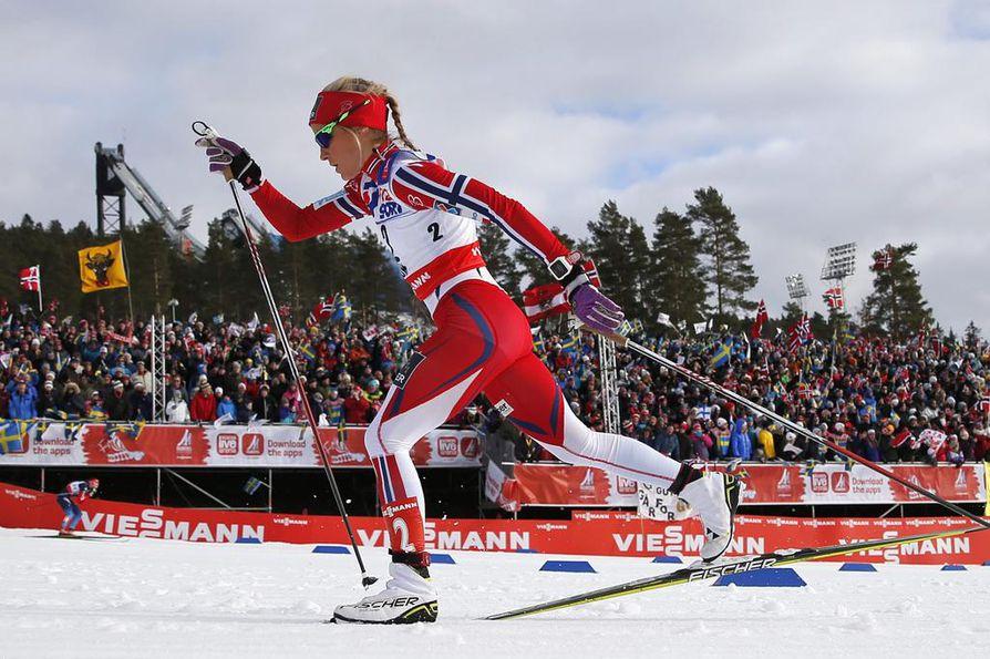 Therese Johaug voitti 30 kilometrin hiihdon näytöstyyliin Falunin MM-kisoissa lauantaina.