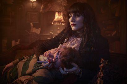 TV-kolumni: Hyvän mielen sarja riisuu vampyyrit mysteeristä