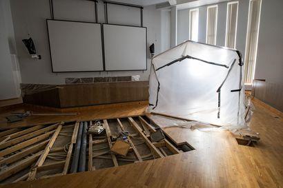 Fregatista ei tule monitoimisalia eikä elokuvateatteria - sali pysyy Raahen valtuustosalina