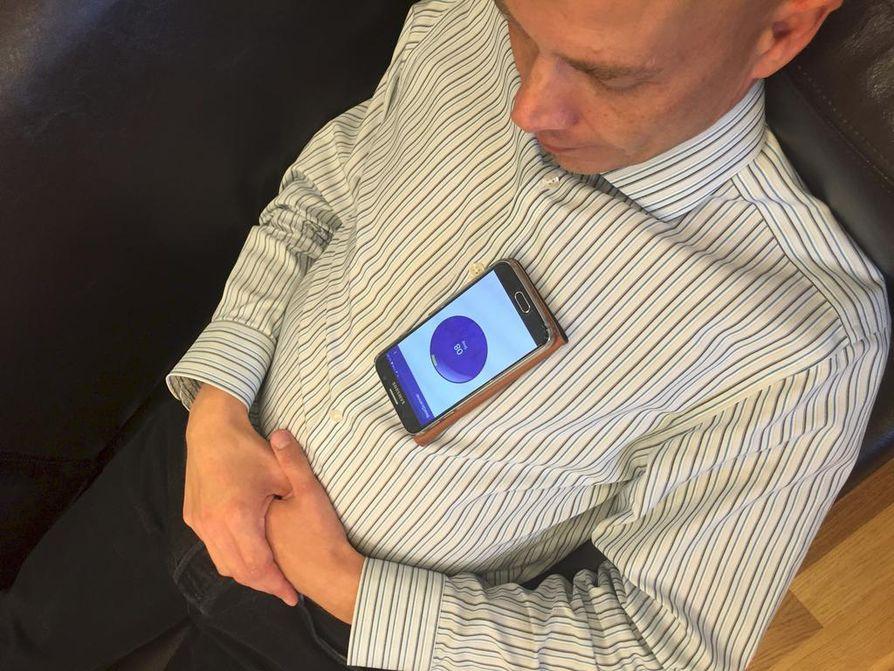 BeatScanner mittaa sydämen sykettä ja rytmiä.