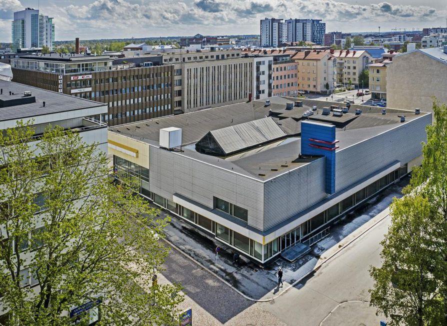 Entisen Centrumin tavaratalon paikalle Vaaranpiha-kortteliin noussee tulevaisuudessa kaksi korkeaa 16- ja 13-kerroksista tornitaloa ja matalampia rakennuksia.