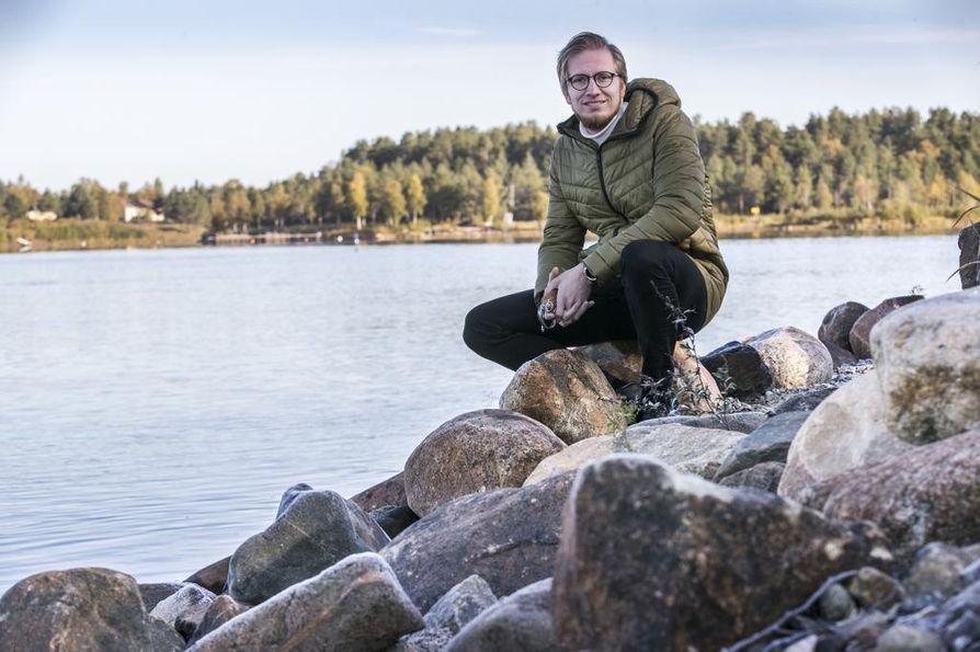 Iijoesta on tullut monella tavalla yhä tärkeämpi osa omaa elämää, sanoo vähän yli kymmenen vuotta perheensä kanssa Iissä asunut Janne Puolitaival.