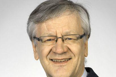 Piispa Y. A. Wallinmaan muistokivihanke toi Oulun hiippakuntaan myös piispansauvan