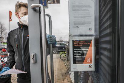 Riskiryhmään kuuluva saa äänimerkillä palvelua ulos – Rengasliikkeissä minimoidaan koronavirusriskiä