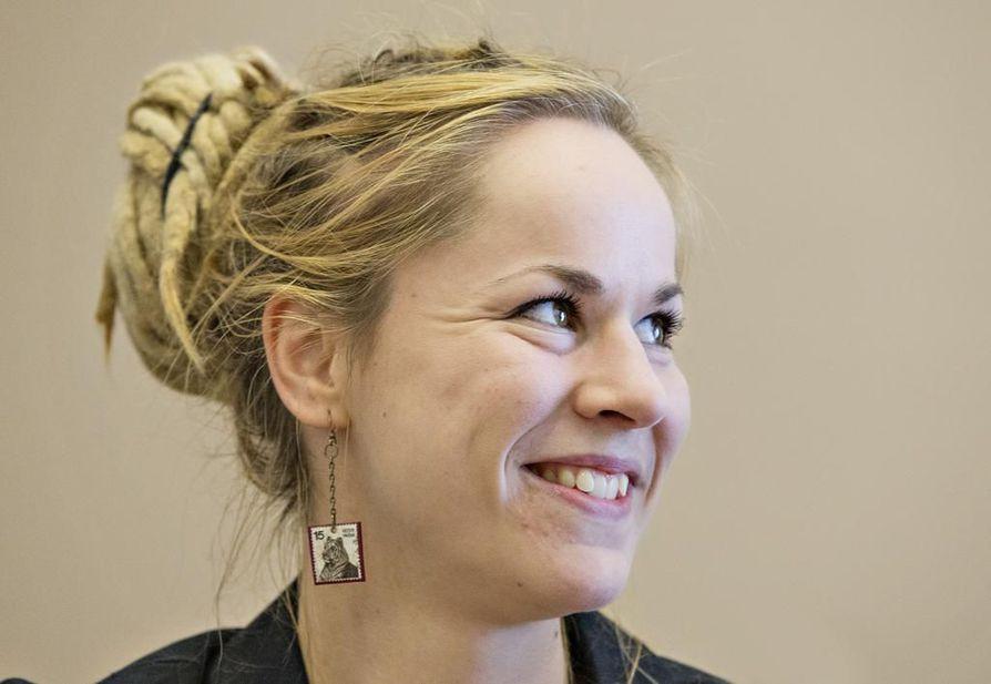 Vasemmistoliiton kansanedustaja Hanna Sarkkinen on ehdolla myös sunnuntain eurovaaleissa.