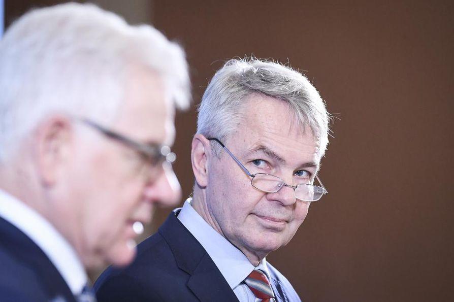 Ulkoministerit Jacek Czaputowicz ja Pekka Haavisto pitivät yhteisen lehdistötilaisuuden Säätytalolla.