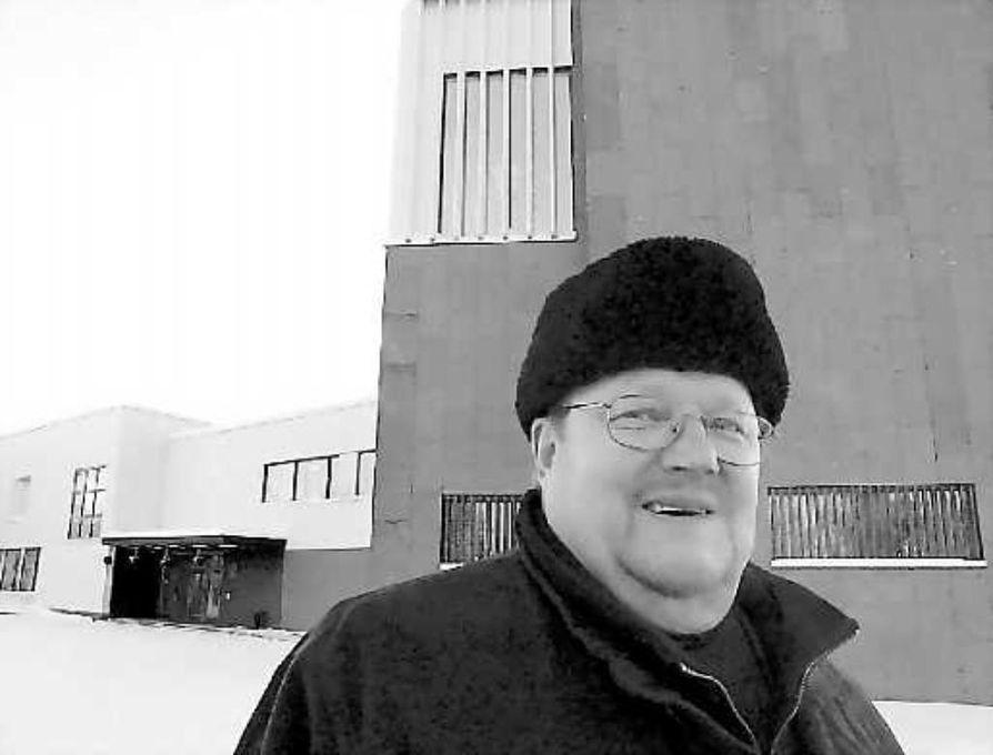 Kaupunginjohtaja Matti Pelttari jäi Rovaniemellä eläkkeelle.