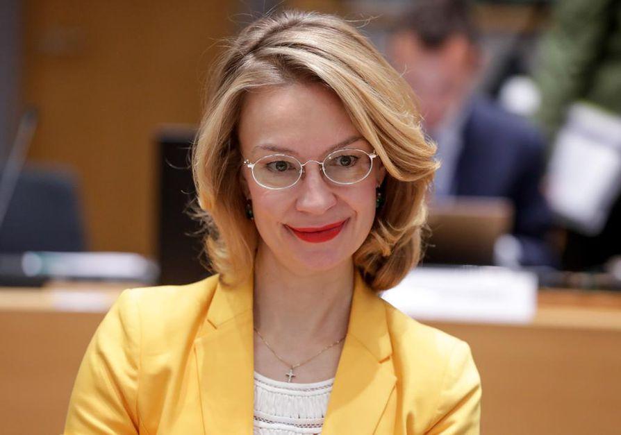 Tytti Tuppurainen edustaa Suomea yhteisten asioiden neuvostossa Brysselissä tiistaina.