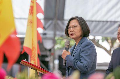 Kiinan karsastama presidentti on ennakkosuosikki Taiwanin vaaleissa – suosiota nostavat Hongkongin levottomuudet ja vastaehdokkaan kohut
