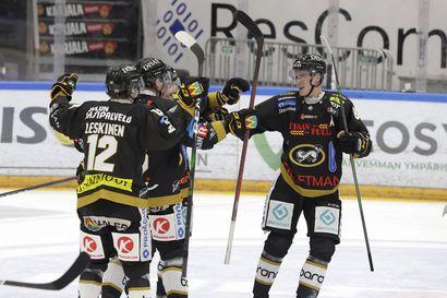 Kärpät avasi liigakauden murskavoitolla – Aku Rädyllä kahden maalin iltapuhde JYP-ottelussa