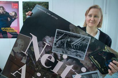 """Cannesin elokuvajuhlilla menestyneen Hytti nro 6 -elokuvan toisena tuottajana toiminut Emilia Haukka sai ensikipinän alalle Lapista –""""Pohjois-Suomi tarjoaa elokuvien tekemiseen hyvät puitteet"""""""