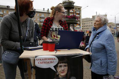 Lukashenko eliminoi haastajat ennen vaaleja – Valko-Venäjän presidentin kannatus on laskenut koronaviruspandemiassa, koska kansalaiset joutuivat itse ottamaan vastuuta ja haalivat varusteita sairaaloille
