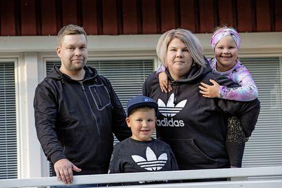 """Tukiperheeksi etsitään ihan tavallisia perheitä: """"Ei tarvitse olla mitenkään erityinen"""""""