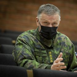 Puolustusvoimain komentaja, kenraali Timo Kivinen: Koronan torjunnassa tarvitaan nyt nopeaa reagointia