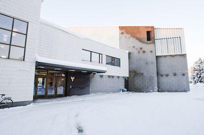 Yli 80-vuotiaat voivat nyt varata ajan koronarokotukseen Rovaniemellä – Rokotukset annetaan kaupugintalolla