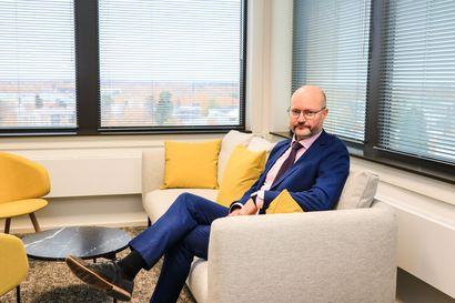 Kaupunginjohtaja kannustaa ja antaa tavoitteita –Jukka Kujala palasi kotikaupunkiinsa kaupunginjohtajaksi