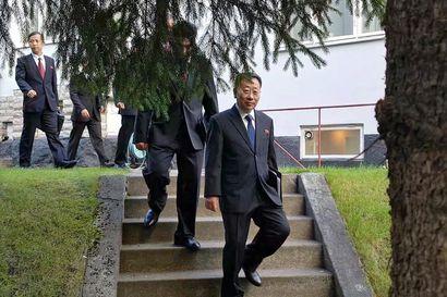 Neuvottelut katkesivat tuloksetta Ruotsissa – Yhdysvallat ja Pohjois-Korea eri linjoilla siitä, miten tapaaminen meni