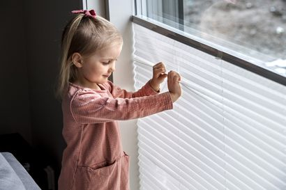 Screenit, pystylamellit, vekkikaihdin vai auringonsuojakalvo – Mikä kannattaa valita suojaksi paahteelta ja valolta, jos ei halua perinteistä sälekaihdinta?