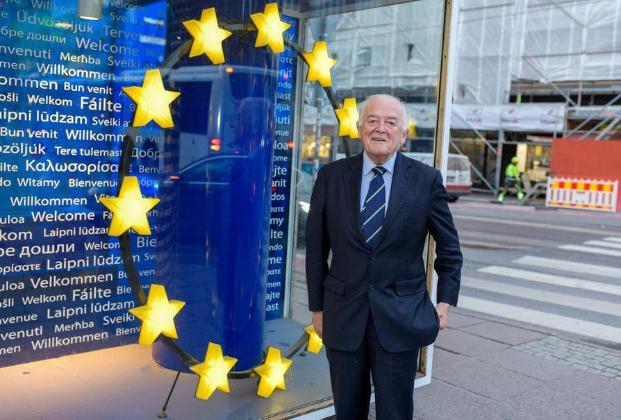 Lordi Richard Balfe toimi europarlamentaarikkona 25 vuotta. Hän on pyrkinyt luomaan EU:sta positiivista kuvaa Britanniassa.