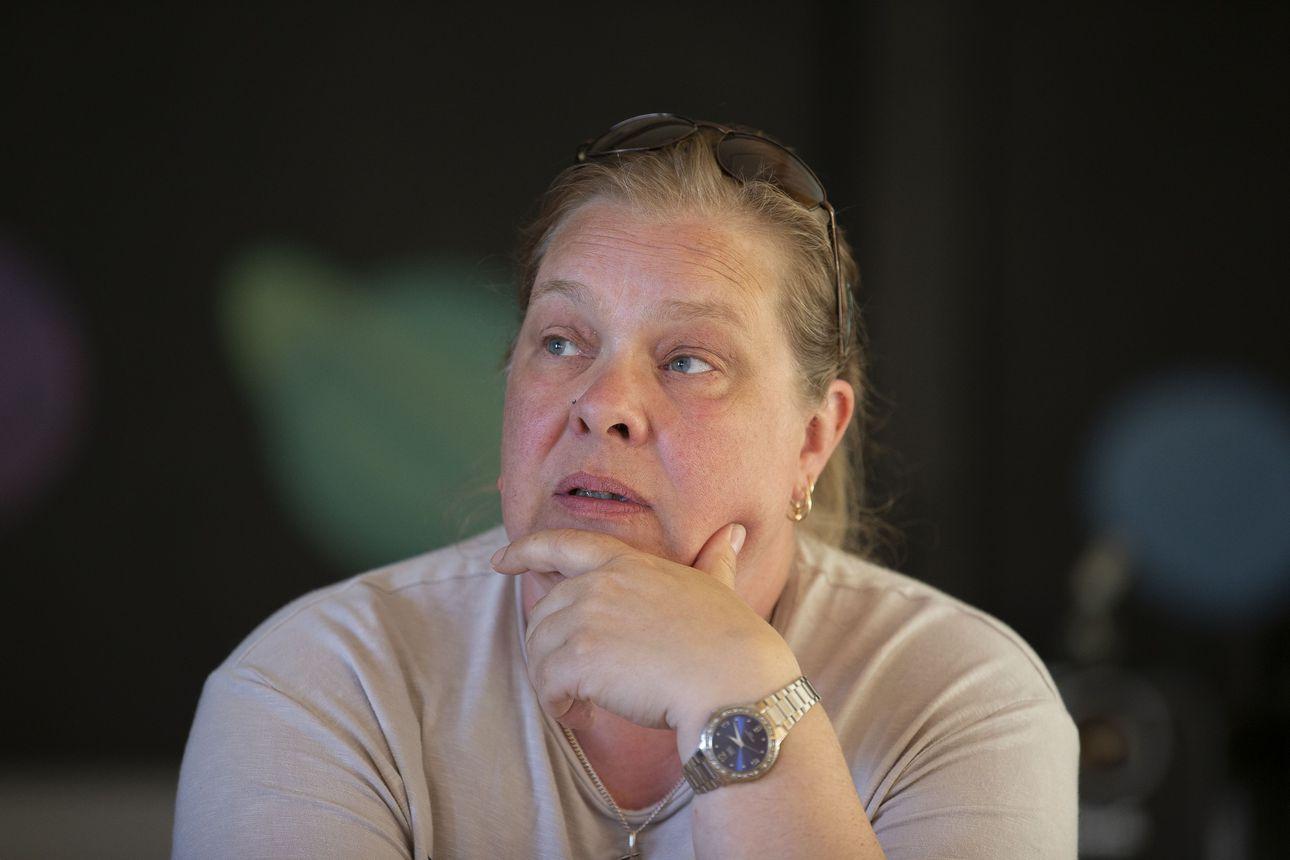Sari Niemelä erosi perussuomalaisista ja loikkasi demareihin