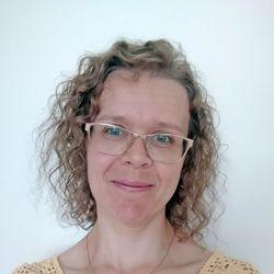 Hailuodon kanttori  Mari Liukkonen selvitti hailuotolaisten virren –Tiedätkö, miten se alkaa?