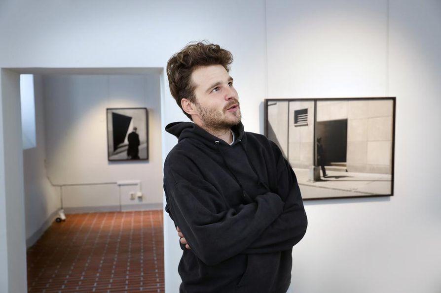 Valokuvaaja Aapo Huhta ei ole halunnut nimetä teossarja Blockin yksittäisiä kuvia.