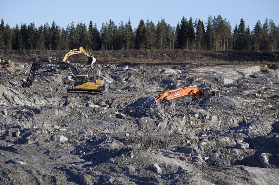 Käsittelyyn tulevassa kansalaisaloitteessa esimerkiksi ehdotetaan, että kaivosmineraalit määriteltäisiin osaksi valtion omistuksia.