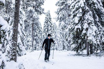 Lapissa on nyt harvinaisen paljon lunta ja lisää on tulossa – viime vuonna brittiläisfirmat peruivat lentojaan lumettomaan craplandiin