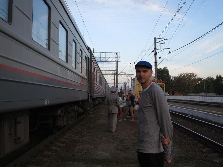 Junamatka Moskovasta Vladivostokiin sai Mikko Piispan pohtimaan, millaista olisi, jos lentäminen ei olisikaan itsestäänselvyys.