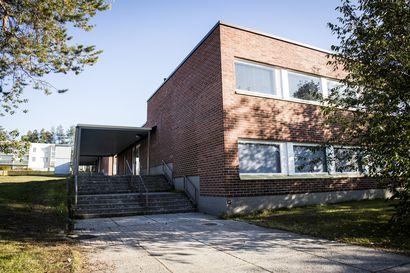 Lukijalta: Koulun paikka Vaaranlammella