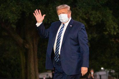 Facebook poisti julkaisun, jossa Trump vertasi koronavirusta flunssaan – ainakin 13 Trumpin lähipiirissä on saanut tartunnan