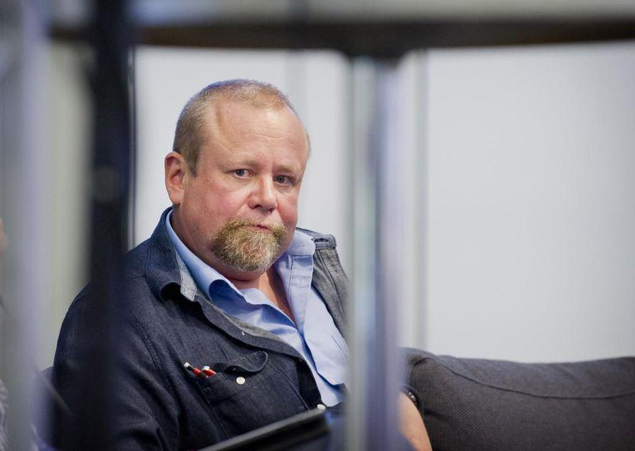 Psykiatrisen vankisairaalan vastaava ylilääkäri, dosentti Hannu Lauerma haluaisi, että Suomeen saataisiin nopeasti uskomushoitoja koskeva laki.