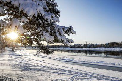 Lappiin satanut lumi ei sula enää pois – alkavalle viikolle on luvassa kipakoita pakkasia