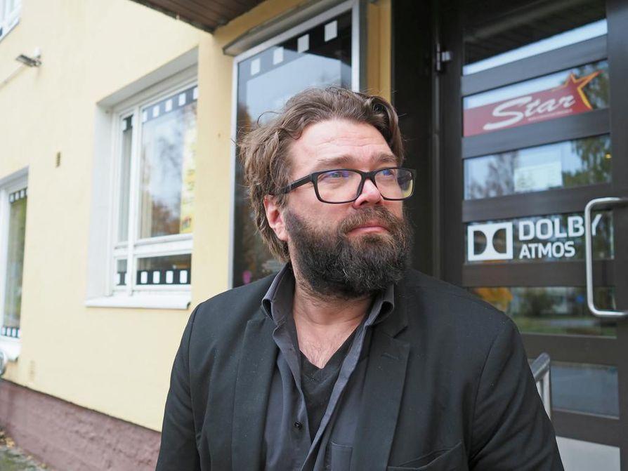 Fingerpori on Mikko Koukin ensimmäinen ohjaustyö elokuvan saralla. Kouki vieraili elokuvateatteri Starissa Oulussa viime viikolla.