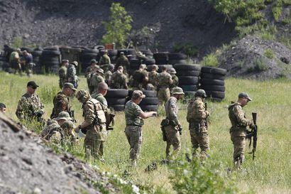 Venäjän tukemat kapinalliset rikkoivat tulitaukoa vain muutaman jälkeen, Ukraina väittää – Kapinallisryhmät kiistävät tulituksen