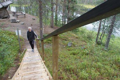 Puistomestari kertoo, miksi porrasjuoksu kannattaa – polkuremontissa rakennettiin uudet juoksuportaat Lauttalammelle